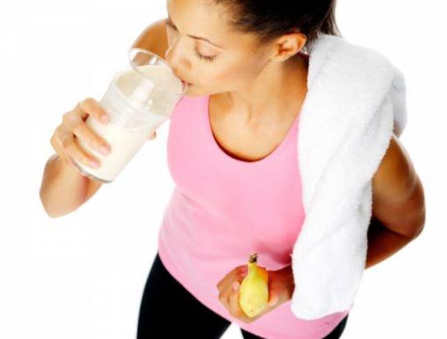 Không để cơ thể đói trước khi tập