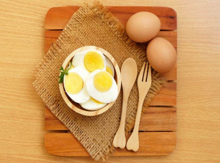 ăn kiêng với trứng luộc