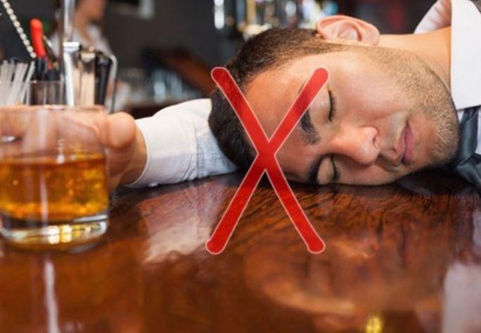 rượu bia làm suy giảm chức năng sinh lý